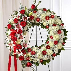 Parsippany Florist | Red Rose Wreath