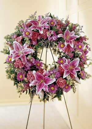 Parsippany Florist | Lily Wreath